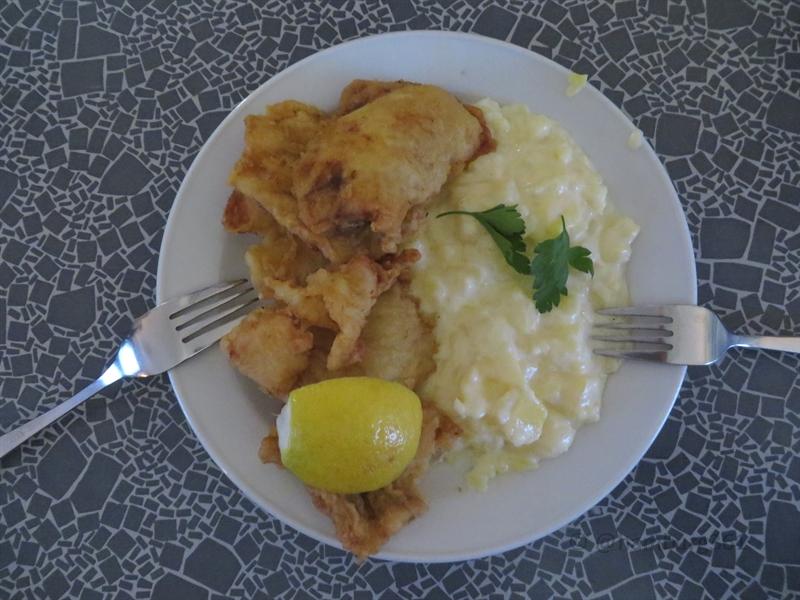 veddeler fischgaststätte bratfisch teller portion - hamburg361